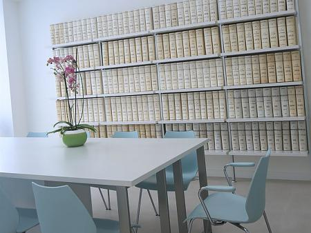 Proyecto de arquitectura, diseño interior y gestión de proyecto de la notaría de Calpe – Costa Blanca