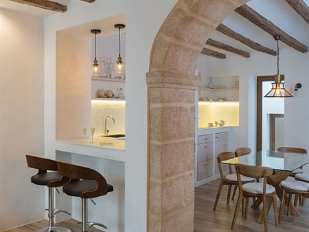 Comprehensive refurbishment of a townhouse in Javeas' old town
